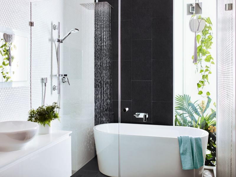 The hottest shapes in bathroom design this year